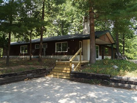 traverse city cabins cabin in the woods by traverse city vrbo