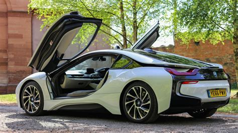 Bmw Plans To Make 25 Electrified Cars By 2025  And 12 Of