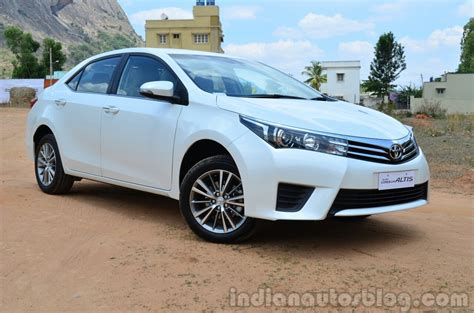 Review Toyota Corolla Altis by 2014 Toyota Corolla Altis Diesel Review Front Three Quarter