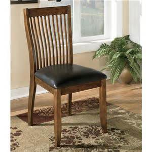 Mestler Tufted Side Chair by Signature Design By Mestler Dining Upholstered Side