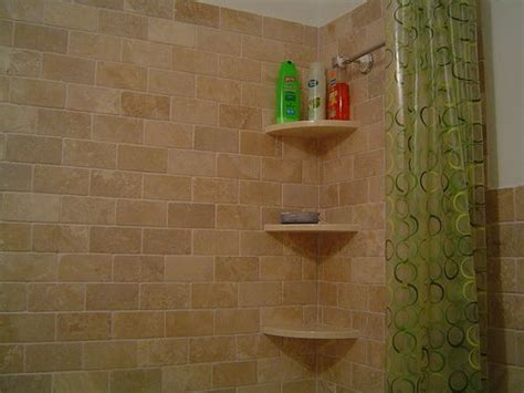Badezimmer Fliesen Regal by Bathroom Shower Tub Shelving Ideas These Shower Shelves