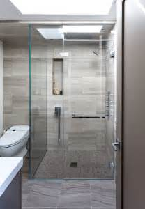 Modern Bathroom Tile Shower Floor