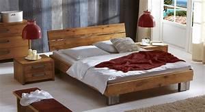 Bett Fuego aus Wildeichenholz als Einzelbett & Doppelbett