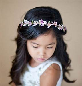 12 Adorable Flower Girl Hair Accessories Intimate