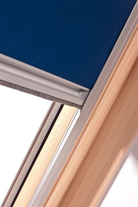 rollo mit schiene dachfenster rollo in jeder gr 246 223 e oder schr 228 gverglasung fabrikspreise