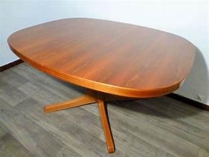 Table Ovale Scandinave : grande table scandinave ovale en teck ~ Teatrodelosmanantiales.com Idées de Décoration