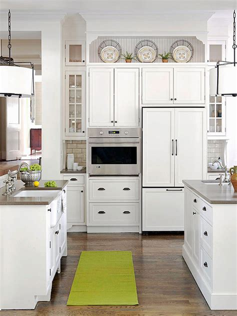 Decorating Ideas For Kitchen Cabinets by 10 Ideas For Decorating Above Kitchen Cabinets