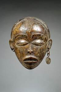 Fine Old Female Pwo Mask - Chokwe - Angola