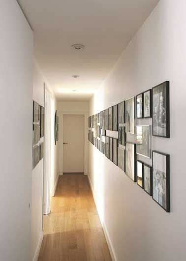 idees deco pour styliser  couloir long etroit ou