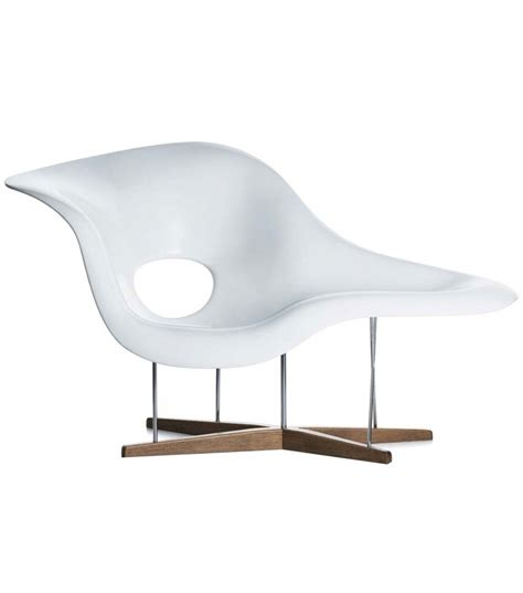 la chaise longue abbesses la chaise chaise lounge vitra milia shop