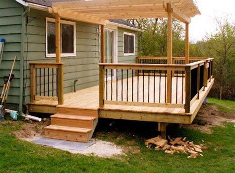 small decks with pergolas here s a small deck with pergola home exterior deck pinterest pergolas decking and