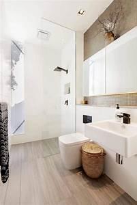 baie coulissante a 3 vantaux et porte sur rail dans une With porte de douche coulissante avec salle de bain moderne 2016
