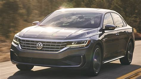 2020 Vw Passat by 2020 Volkswagen Passat Gets Conservative Updates