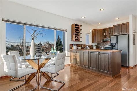 Open House Staging: Capitol Hill Staging