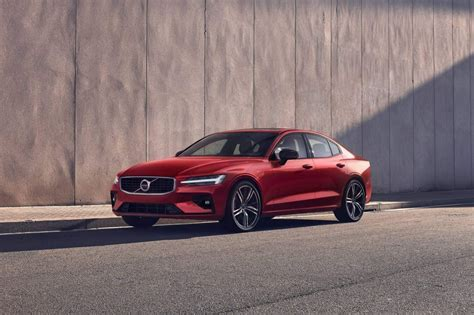 volvo  officially revealed