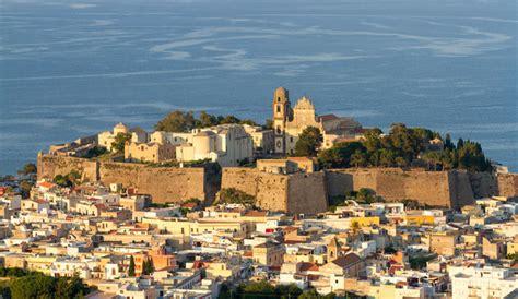 les plus belles chambres d hotel grand tour de sicile avec les îles eoliennes 4 charme italie