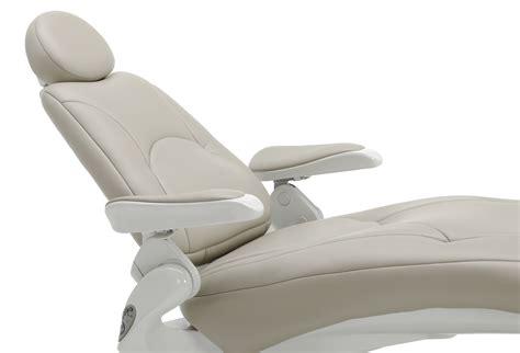 pelton crane spirit 3000 dental chair with narrow back