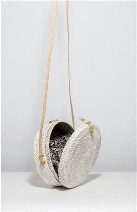 jual tas anyaman rotan bulat putih white woven bag