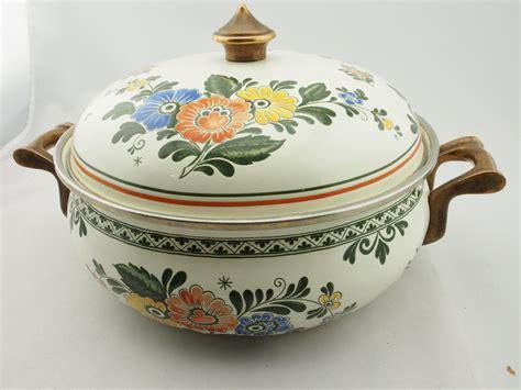 vintage asta cookware enamelware set   mysistersnook
