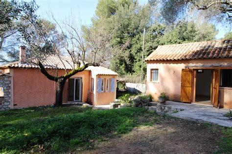 locations maison à louer avec studio indépendant roquefort