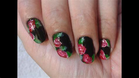 15 ideas para decorar tus uñas con mucho estilo. Nail Art : Rosas sobre negro - YouTube