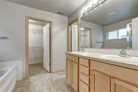 adding a closet with your master bathroom remodel