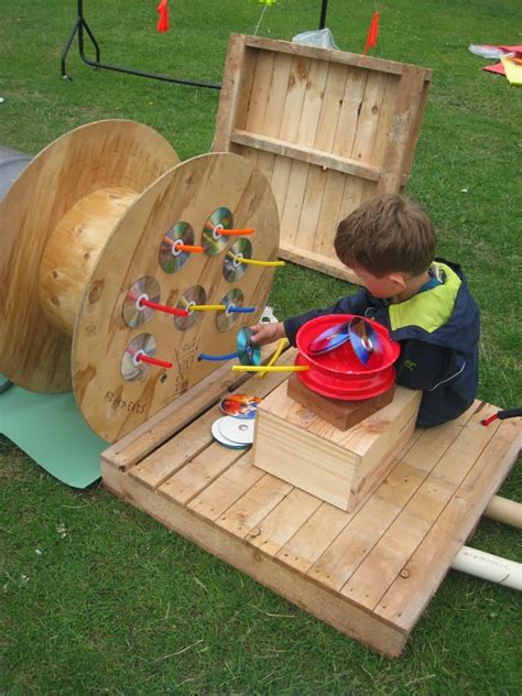 outside play for preschoolers let the children play 20 playful ideas for using pallets 753