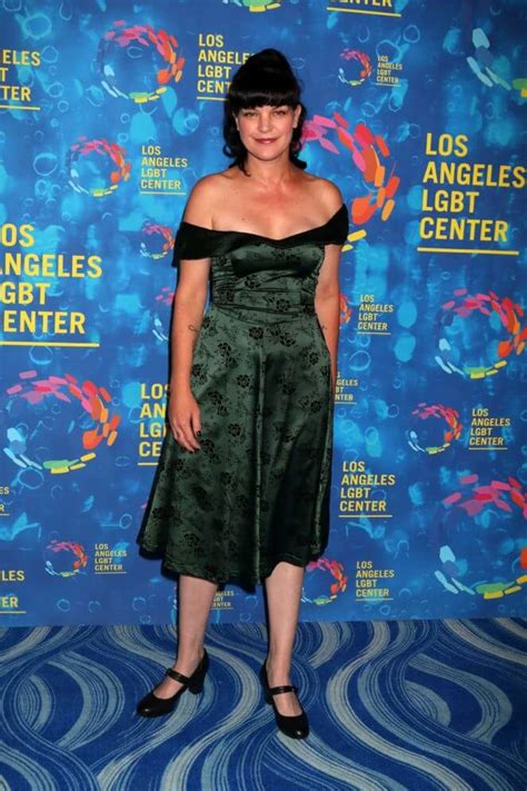 sexiest pauley perrette pictures