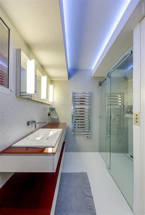 chambre a coucher design appartement de luxe avec une vue imprenable sur
