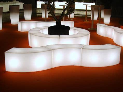 location mobilier bureau location de mobilier lumineux événementiel sur lille