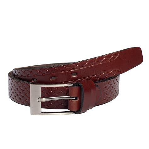 kožený pásek úzký hnědý splétaný design na povrchu
