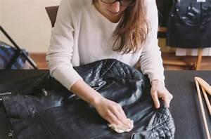 Nettoyer Une Veste En Cuir : comment prendre soin de sa veste en cuir au quotidien ~ Carolinahurricanesstore.com Idées de Décoration