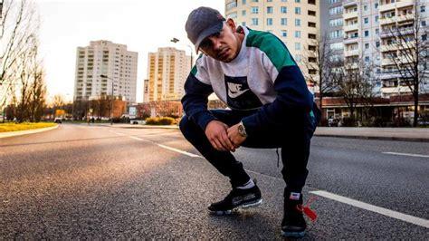 capital bra schreibt mit ufo neymar rapgeschichte