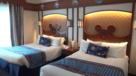 chambre hotel disneyland disney s newport bay hotel compass disneyland