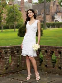 Gorgeous Sheath/Column V-neck Short/Mini-length Tiered Wedding Dress