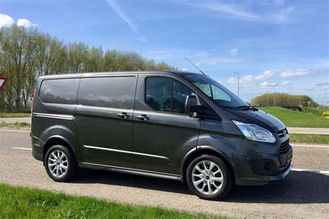 As with the rest of the transit lineup. Gereden: Ford Transit Custom 2.0 EcoBlue Sport ...
