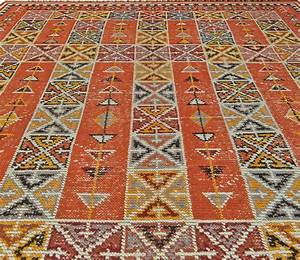 Vintage moroccan rug bb5507 by doris leslie blau for Moroccan rugs