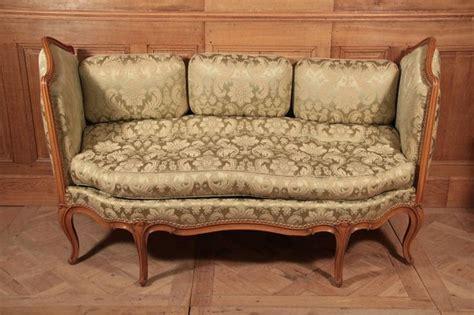 canapé de repos canapé d 39 époque louis xv beau lit de repos ou canapé d