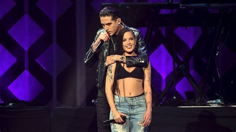 Halsey Breaks Down In Tears On Stage After G-eazy Breakup