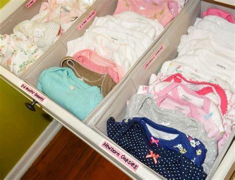 tableau chambre b les 25 meilleures idées concernant rangement des vêtements