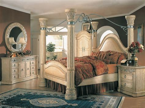 margaret king poster canopy bed  piece bedroom set