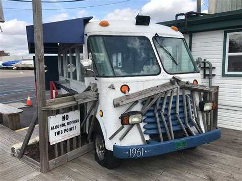 queens table food truck a st clair shores restaurant owner wants to put a food