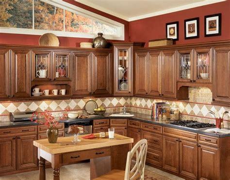 chocolate glaze kitchen cabinets chocolate glaze kitchen cabinets home design traditional 5404