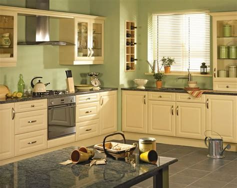 Yellow Kitchen Cupboards by 25 Best Ideas About Yellow Kitchen Cabinets On