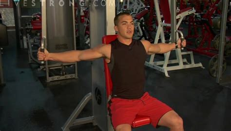 Pec Deck Cable by How To Do Pec Deck Butterflies