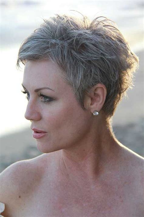 easy  stylish short haircuts  older ladies short