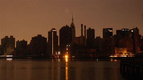 flipboard  york city hit  massive power outage