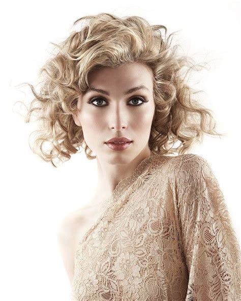 photo hair style 17 best images about pink hair curly hair gorgeous hair 8091