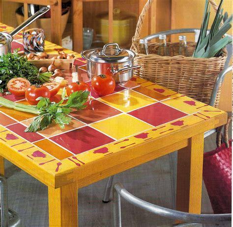 mesa reciclada  azulejos decoracion de interiores