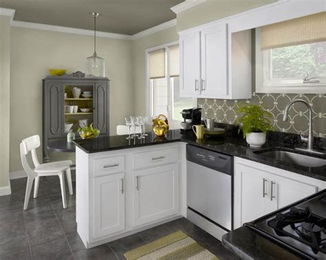 pick   color  kitchen cabinets home